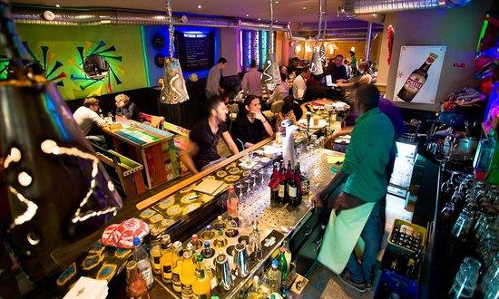 Shaka Zulu Southern African Restaurant: Interior 3