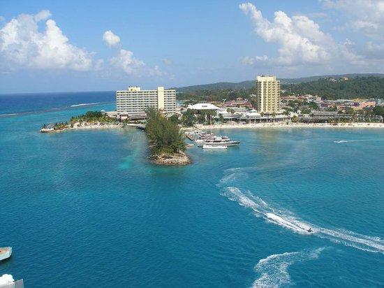 Jamaica Xplored