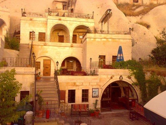 Lalezar Cave Hotel: hotel