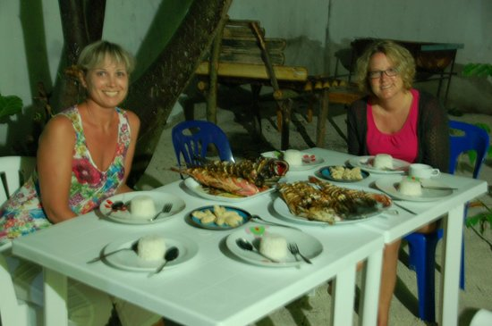 Coral Reef View Inn: A Fish Dinner That Doesn't Get Any Fresher