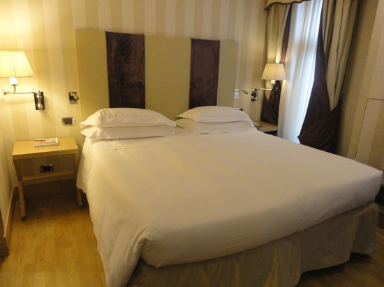 Starhotels Splendid Venice: Bed