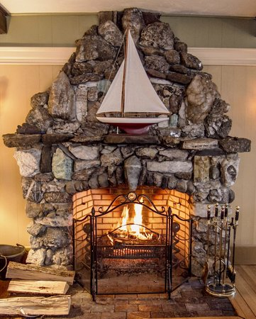 The Lake House at Ferry Point: Curl up by the fire