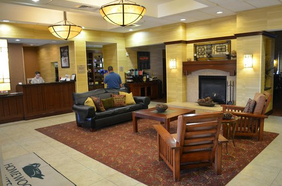 Homewood Suites by Hilton Agoura Hills: Entrance