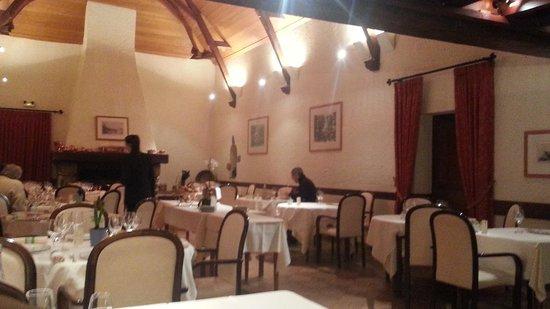 Au Relais Du Gue De Selle: salle de restaurant