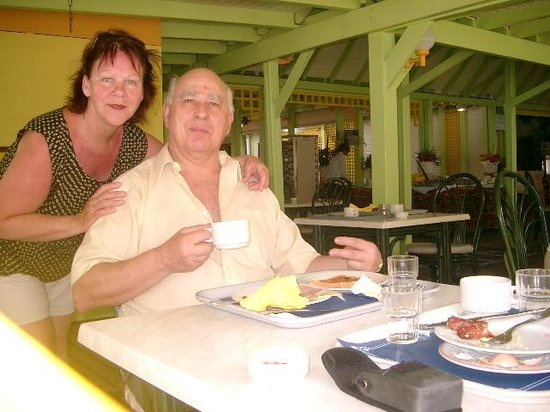 Canella Beach Hotel-Restaurant: Resto de l'hôtel ¨La Veranda¨