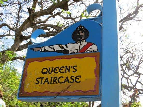 Queen's staircase