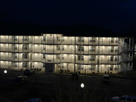 Suites at Fall Creek: nighttime