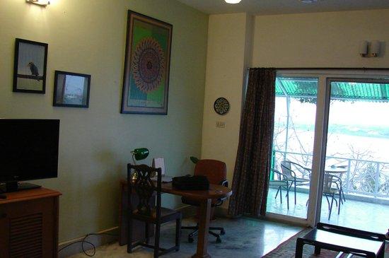 Ivy Suites: Room 201