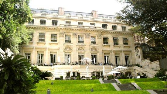 Palacio Duhau - Park Hyatt Buenos Aires: Palace side