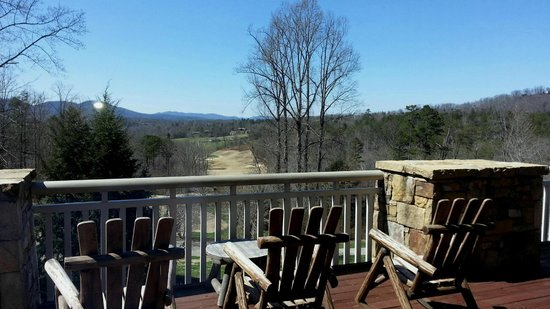 Brasstown Valley Resort & Spa: view from back patio
