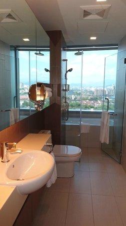 Somerset Ampang Kuala Lumpur: Bathroom with a view