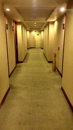Mercure Santiago Centro: Corredor de acesso aos quartos