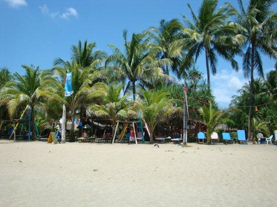 Takatuka Beach and Dive Resort: Beach