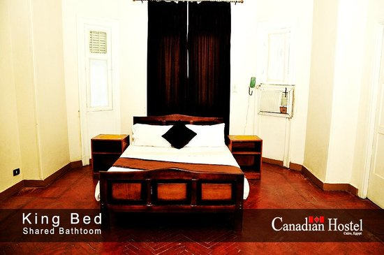 Canadian Hostel: single bed
