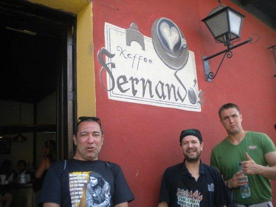 Fernando's Kaffee: With Fernando.