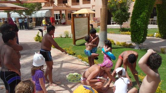 Continental Hotel Hurghada: animation team