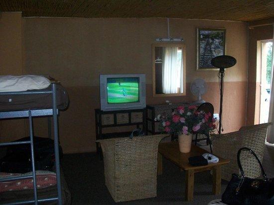 Kenjara Lodge: Inside our room