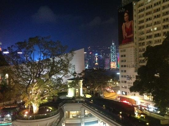 Hullett House: view from the balcony... hong kong st night
