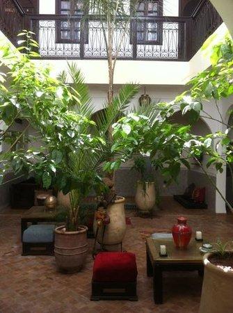 Riad Chafia: cour intérieur