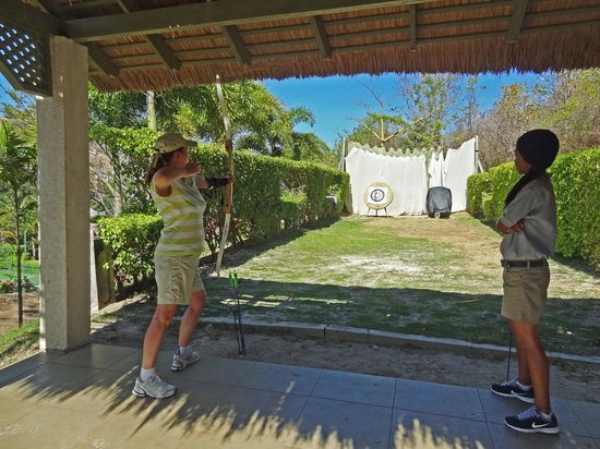 BodyHoliday Saint Lucia: introduction to archery
