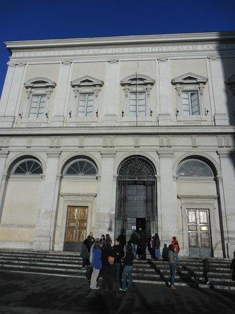 Scala Santa and Chapel of San Lorenzo: esterno della basilica