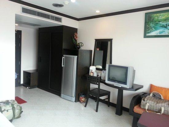 โรงแรม หัวหิน ลอฟท์: Room with fridge