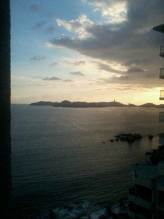 Holiday Inn Resort Acapulco: atardecer