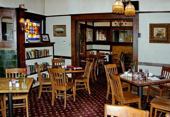 Canino S Italian Restaurant Dining Rooms