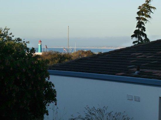 Portola Hotel & Spa at Monterey Bay : Vue partielle de la chambre sur le Pacifique