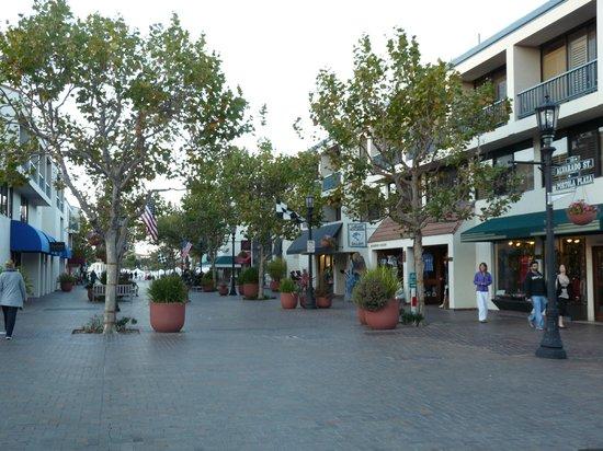 Portola Hotel & Spa at Monterey Bay : Galerie marchande