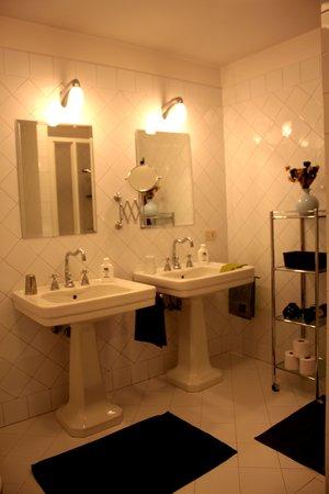 B&B Galleria Turchi: bagno