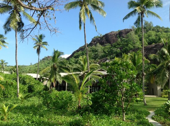Kempinski Seychelles Resort: Granite outcroppings inland of hotel