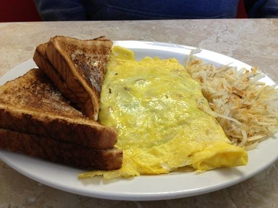 E & J Restaurant: Farmers Omelette, Wheat Toast and Hash Browns!