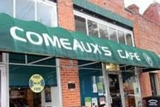Comeaux's Cafe : Outside awning