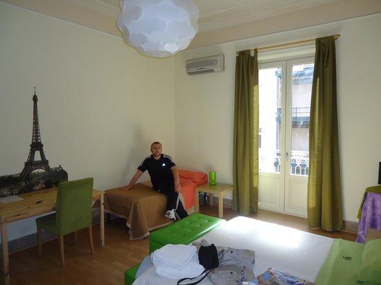 A'to Casa : paris odasında ben