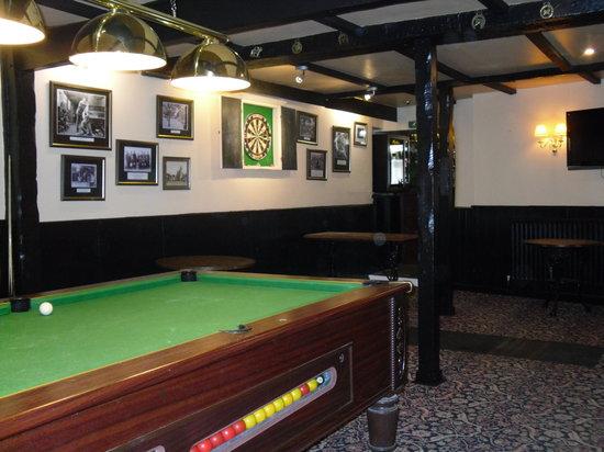 The Rose and Crown Inn: Games Room - Pool, Darts, Sky TV