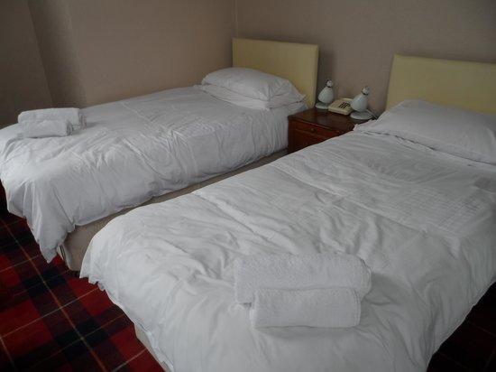 Parklands Hotel : habitación