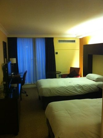 Hilton Birmingham Metropole Hotel: pleasant twin room