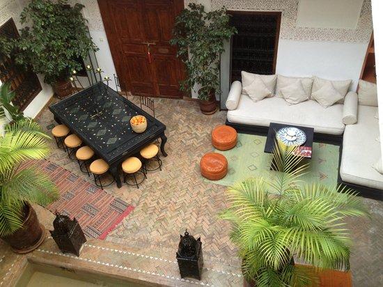 Riad Les Nuits de Marrakech: il patio