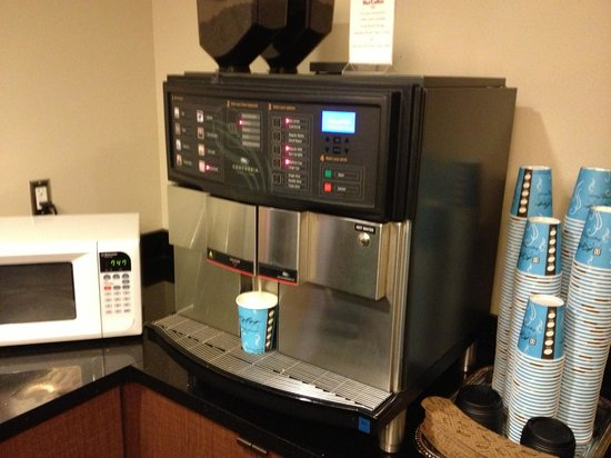 Mark Spencer Hotel: Magic coffee machine - Kids LOVED the steamed milk option.