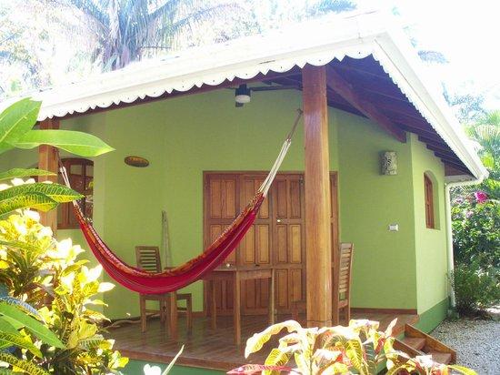 El Pequeno Gecko Verde: Guayaba bungalow.