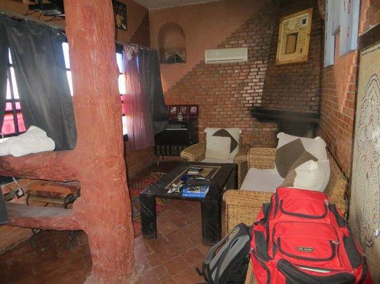 Bine el Ouidane, Marruecos: Mein Salon