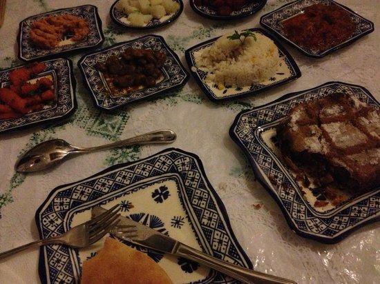 Riad Rcif : Marokkanische Salate und Pastilla Fassia