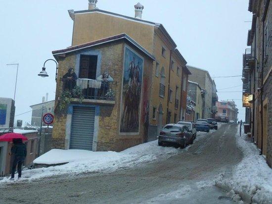 Hotel Sa Orte : A Fonni mural below the hotel