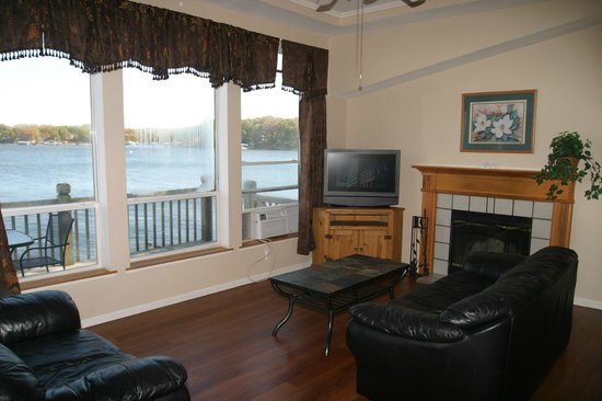 Lakeview Resort : Lakeside Cottage 39.
