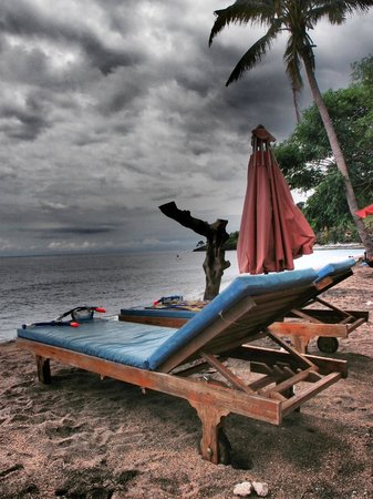 Bali Bhuana Beach Cottages: beach