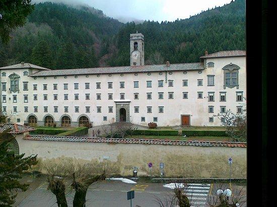 Hotel La Foresta: L'Abbazia dall'Albergo!