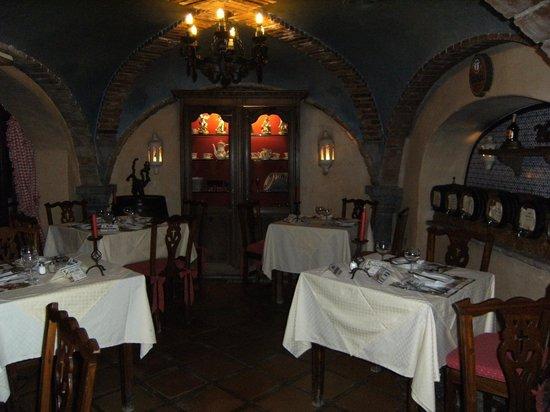 Meson El Monasterio: comedor