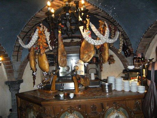 Meson El Monasterio: cafeteria