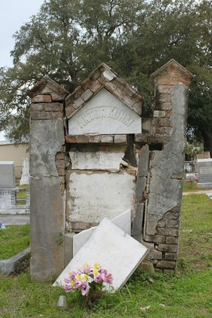Old Biloxi Cemetery: Anton Kuhm Grave 2